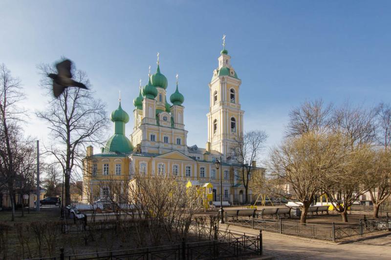 Богоявленская церковь на Малом проспекте Васильевского острова сегодня.
