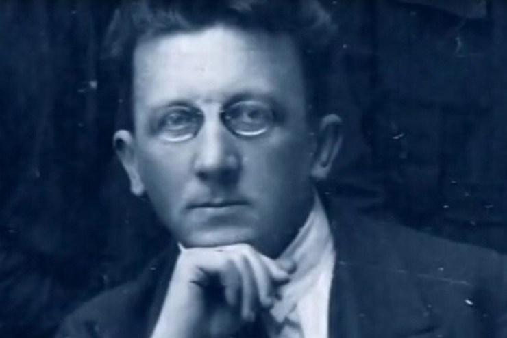 Виктор Николаевич Сорока-Росинский.