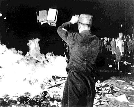 сожжение книг1