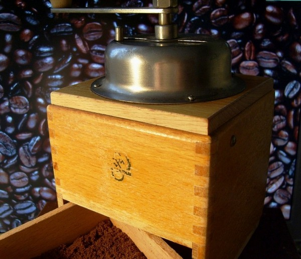 2013-04_coffee mill