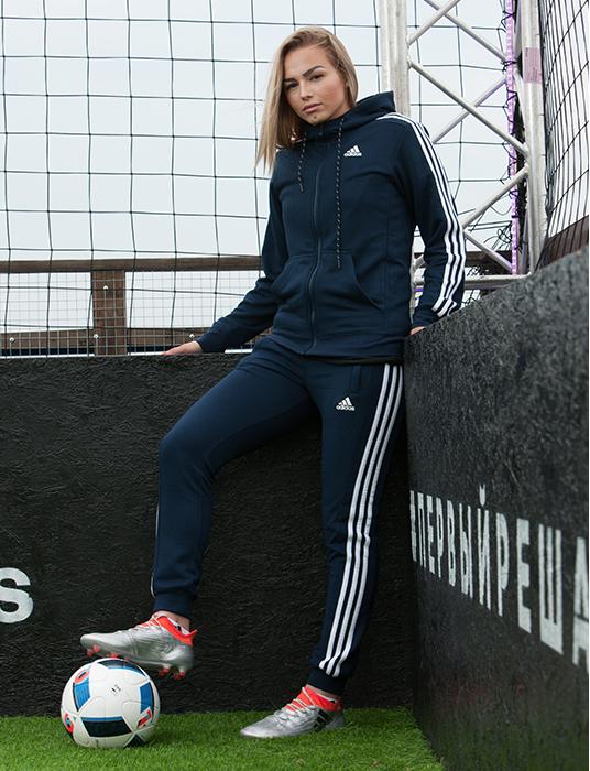 Футболистка, спортсменка и просто красавица!