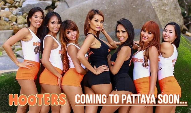 Hooters-Pattaya-bar