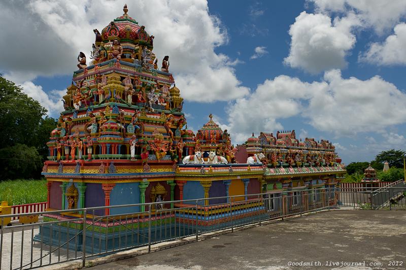 Местный индуистский (?) храм
