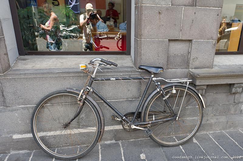 Просто старинный велосипед