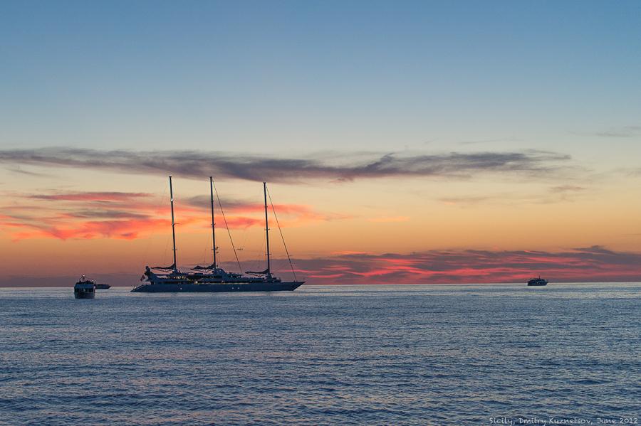 Кораблики и закат