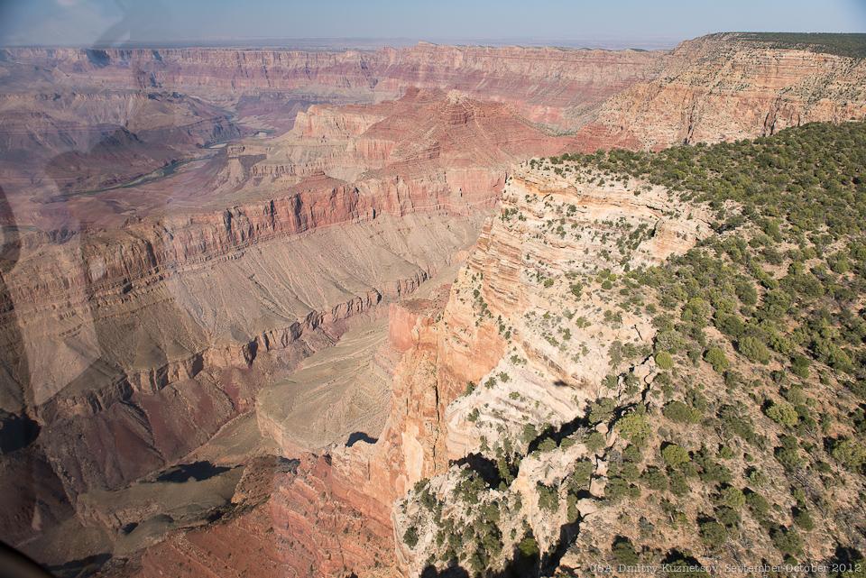 Подлетаем к каньону
