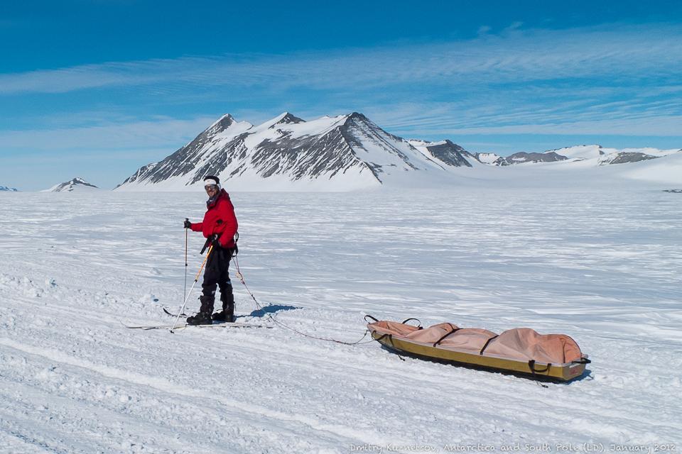 На лыжах с санями