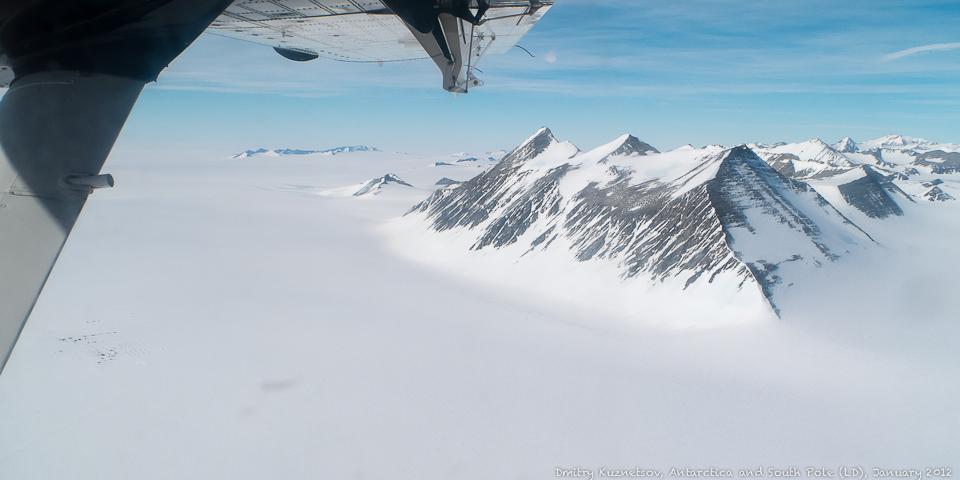 Виден Union Glacier