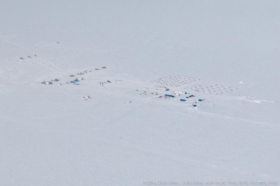 Union Glacier с высоты птичьего полета