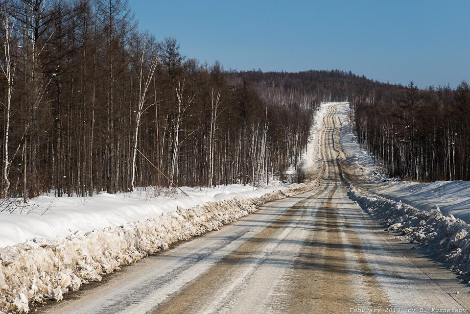 Началась наименее скоростная часть дороги - лесовозная и зимник