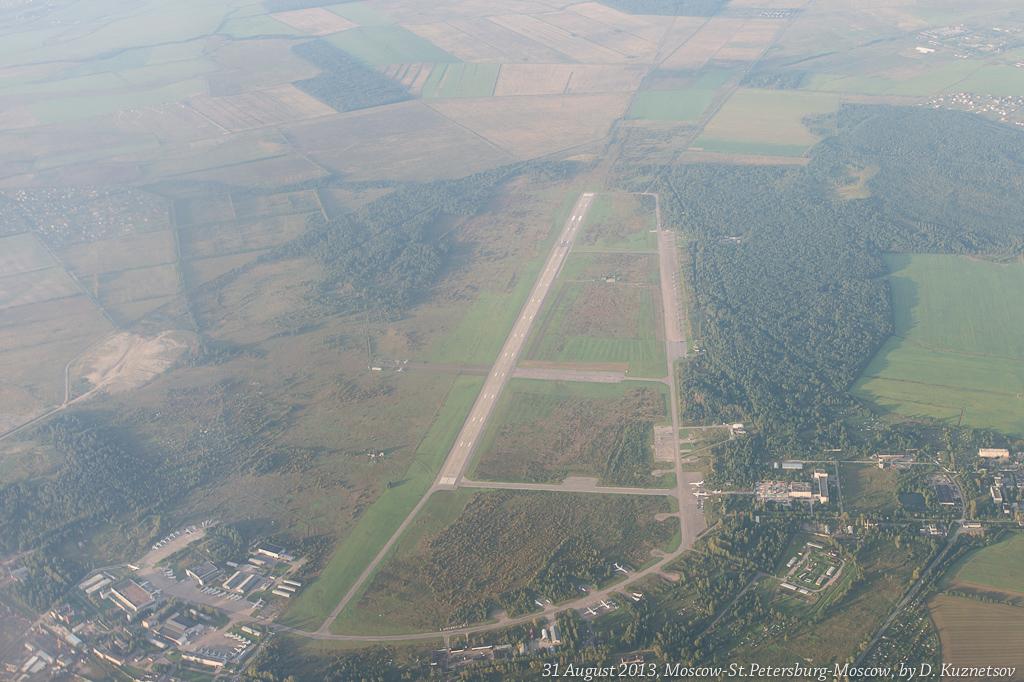 21. Военный аэродром города Пушкин