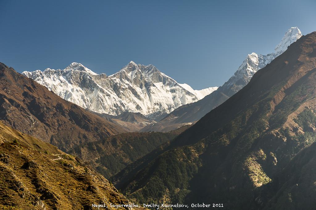Вид с юга на Эверест, Лхоцзе, Нупцзе и Амадаблам от Намче-Базара