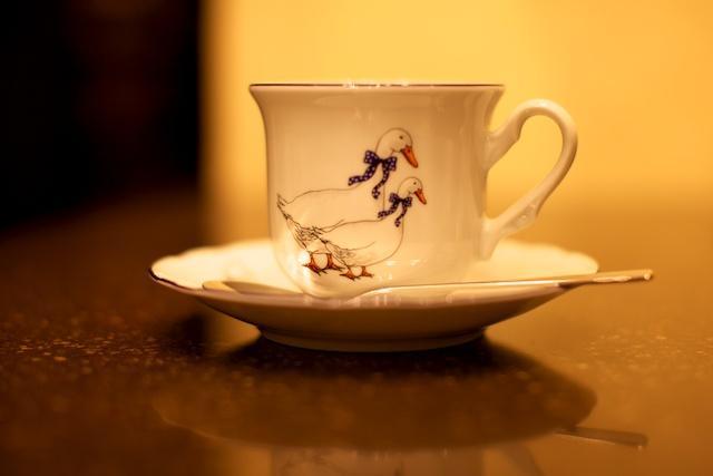 Чашка с гусиками