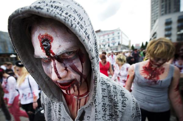 091712nt_zombie03_800