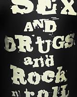 Sex Drugs Rock-n-roll (Светится в темноте и ультрафиолете)