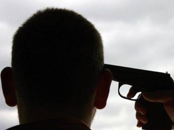 Недополковник, або Застрелись