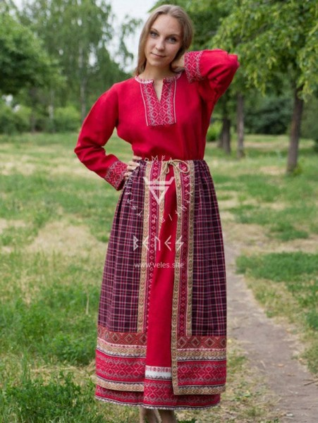 The energy of a long skirt. It is true, in my experience, women who love to walk in skirts, women give birth more easily, only, woman, energy, wearing, her own, dresses, walking, creates, Except, changes, internally, to a woman, when, energy, health, it is important, cases male energy