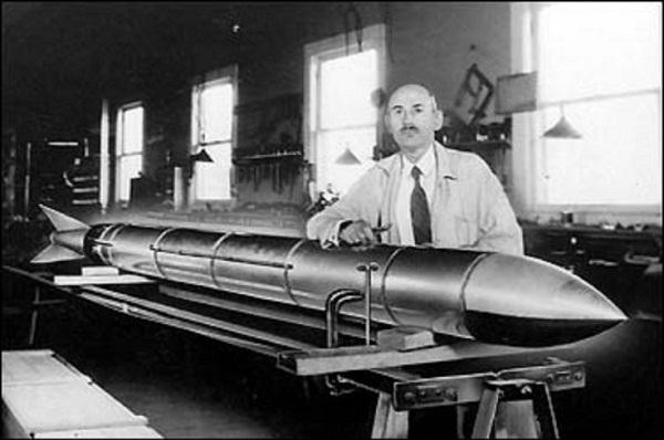Robert-Goddard-5
