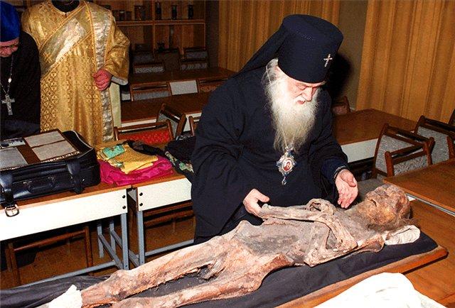 http://ic.pics.livejournal.com/gorojanin_iz_b/34690314/200100/200100_original.jpg