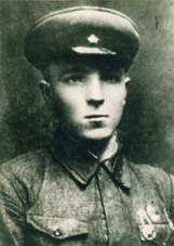 Красноармеец Дубинин Михаил Степанович. Фото 1941 года.