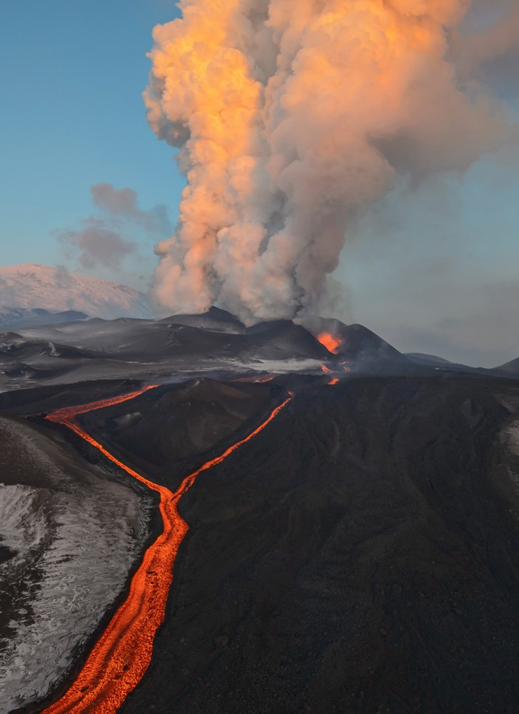 Volcano-Tolbachik_1921