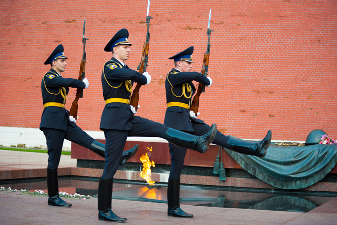 680-guard-of-honor-at-the-tomb-of-the-unknown-soldier