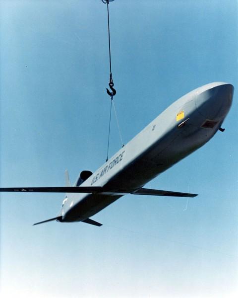 800px-Boeing_AGM-86B_(ALCM)_USAF