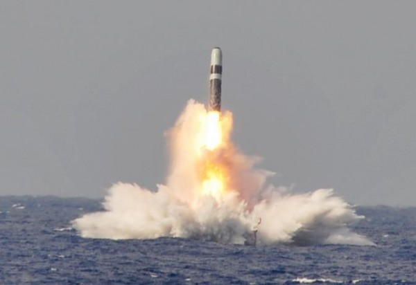 US-Navy-Tests-Trident-II-D5-Fleet-Ballistic-Missiles