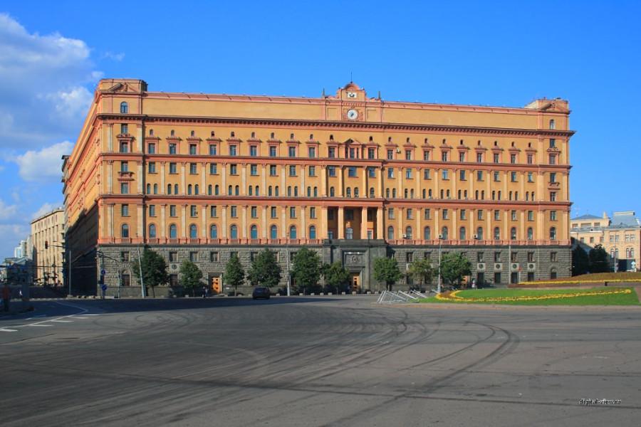 Здание-органов-госбезопасности-на-Лубянке
