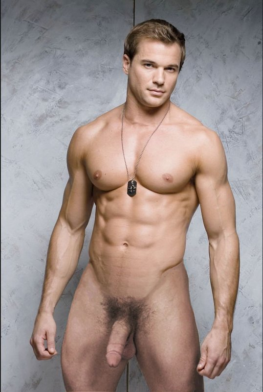 голый сексуальный мужчина