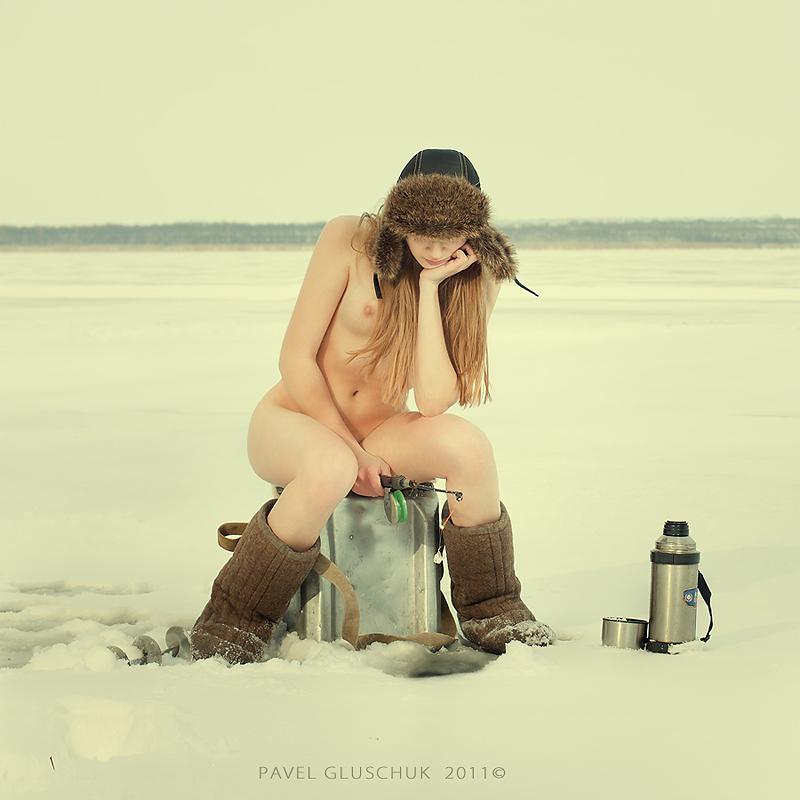 Carmen Naked And Fishing