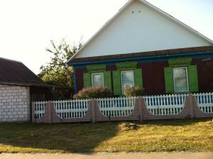 фото 18 типичный белорусский домик со ставенками