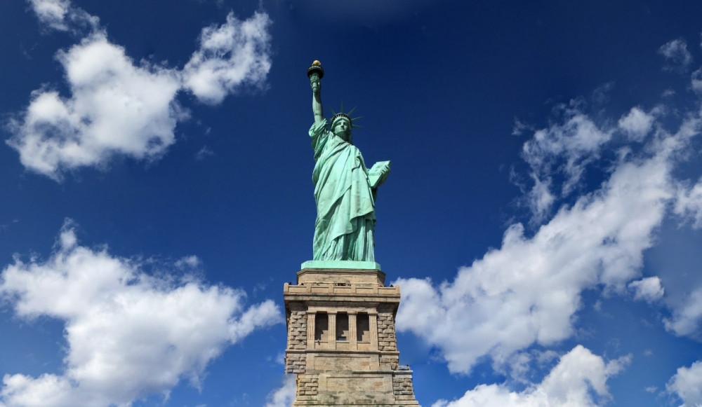 Америка, статуя Свободы