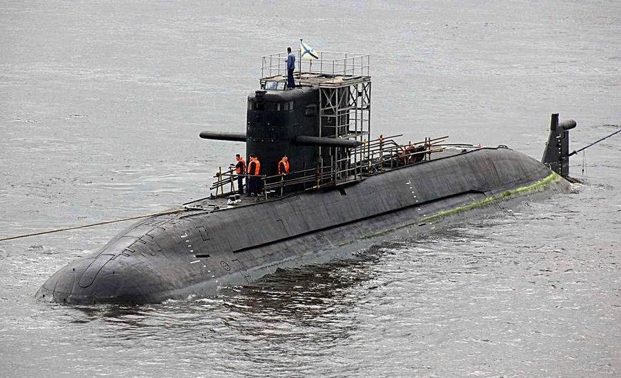 неатомных подводных лодок проекта 677