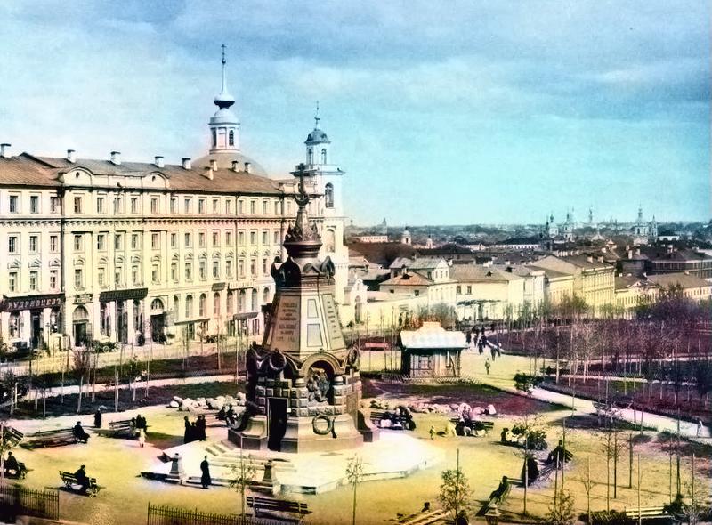 Плевненский памятник за Ильинскими воротами