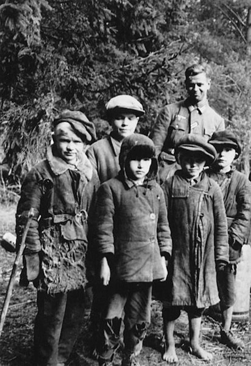 Немцы пришли в СССР в колхоз