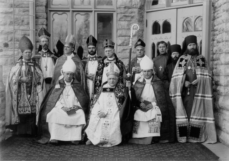 Тихон с католиками