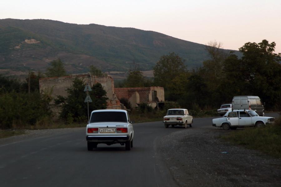 машины из Северной Осетии во множестве присутствуют на дорогах южного соседа