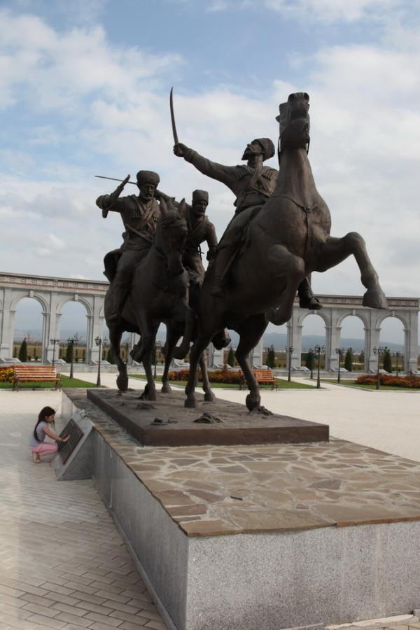 гордые ингушские всадники