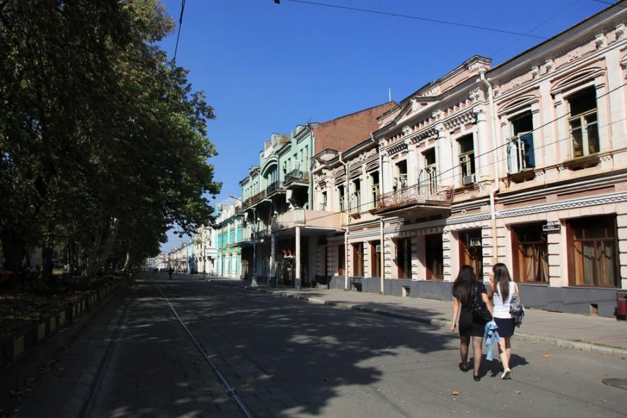 центральная улица Владика - проспект Мира