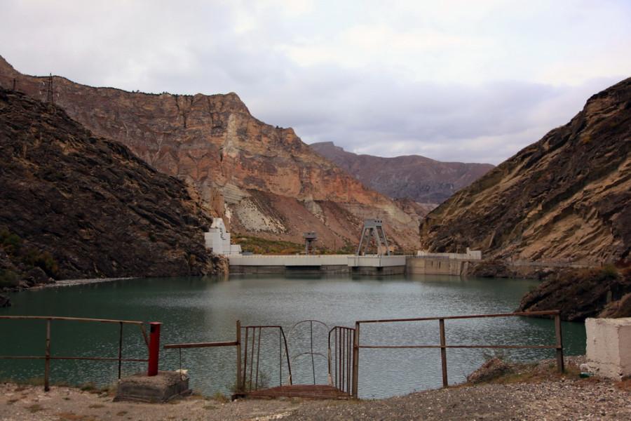 одна из многочисленных ГЭС