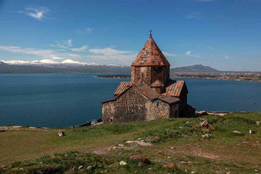 как по армянский знакомый