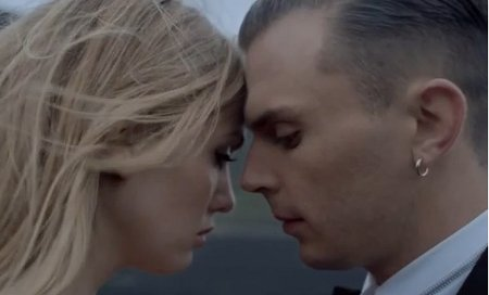 Hurts-Stay_video
