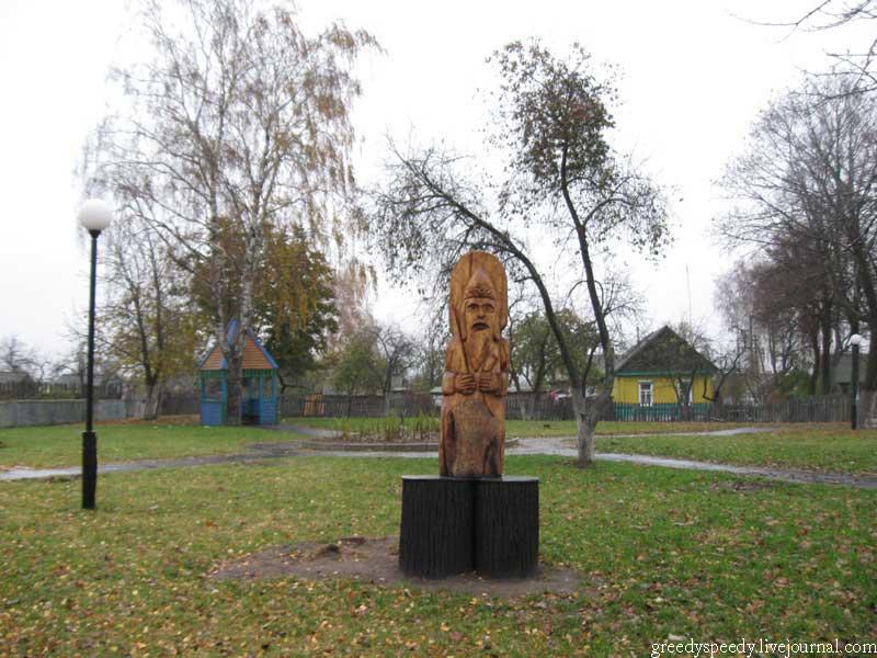 Чечерск. Гомельская область. Памятник Перуну.