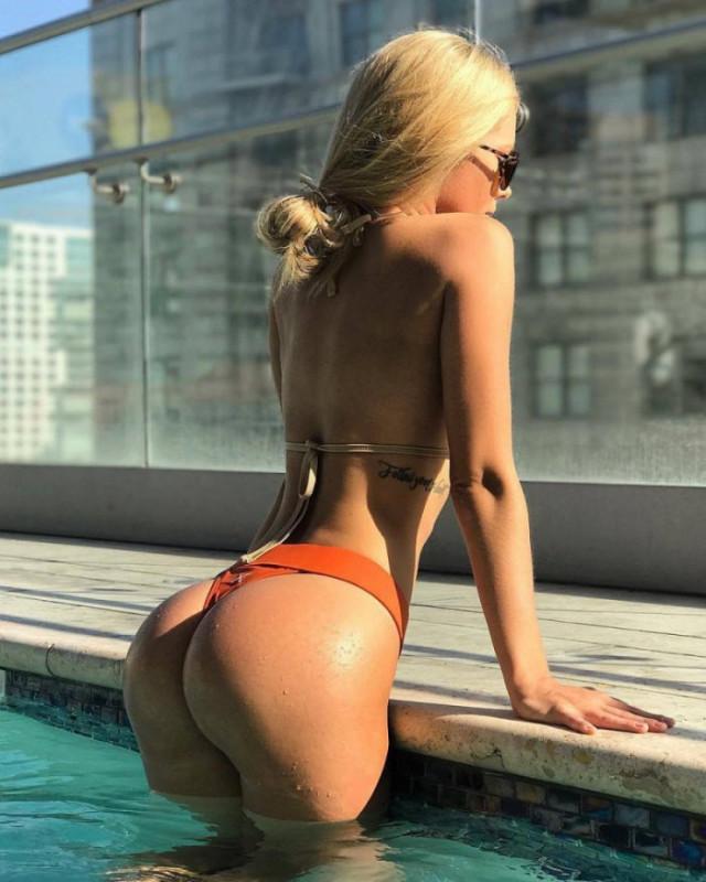 devushki_v_bikini_26_foto_4.jpg