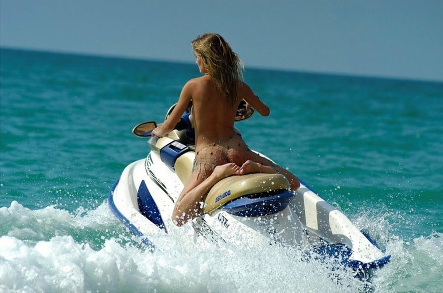 Naked Females On Jet Skis