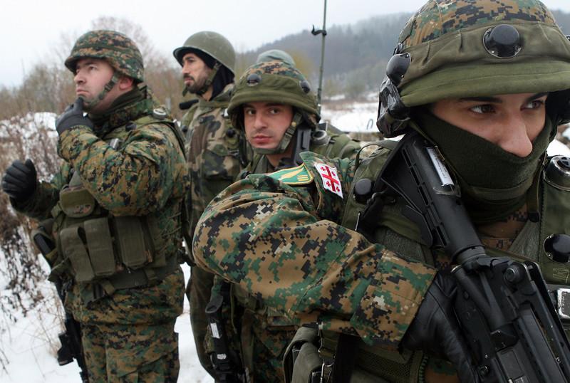 было так грузинки в армии фото молодой человек