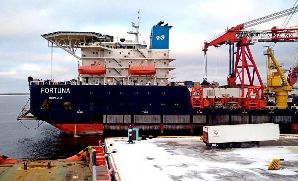 Российское судно, способное достроить «Северный поток-2», не намерено