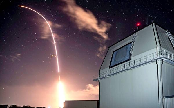 Новейшая американская зенитная ракета большой дальности не прошла испытания