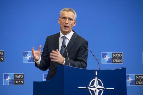 Китай обвинил генсека НАТО в безумстве на фоне его заявлений в адрес Пекина